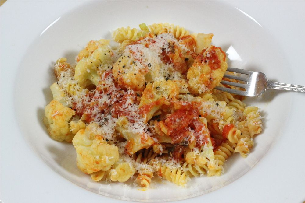 tomato sauce fusilli with fresh red yellow tomato sauce fresh tomato ...
