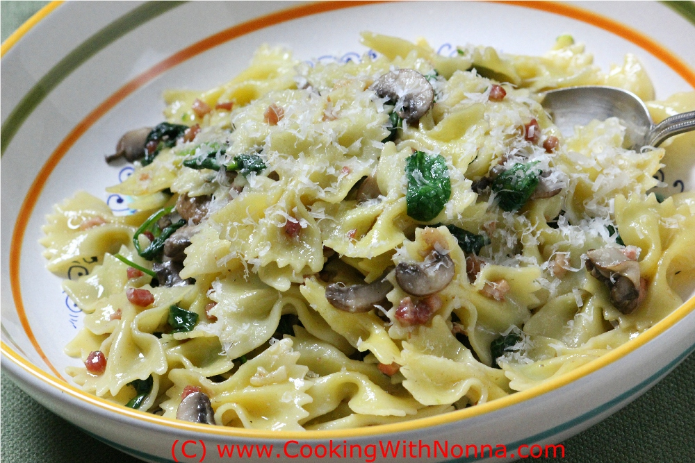 Farfalle Pasta with Spinach and Pancetta. A quick and fantastic dish ...