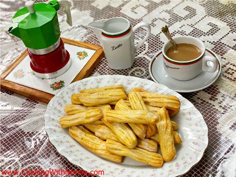 Nonna Romana's Caffe` Latte Cookies