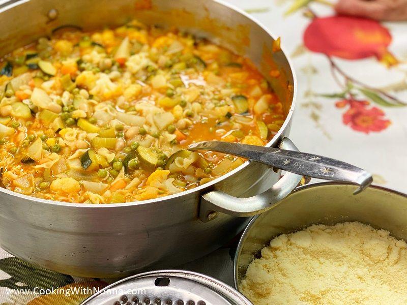 Nonna's Classic Minestrone Soup