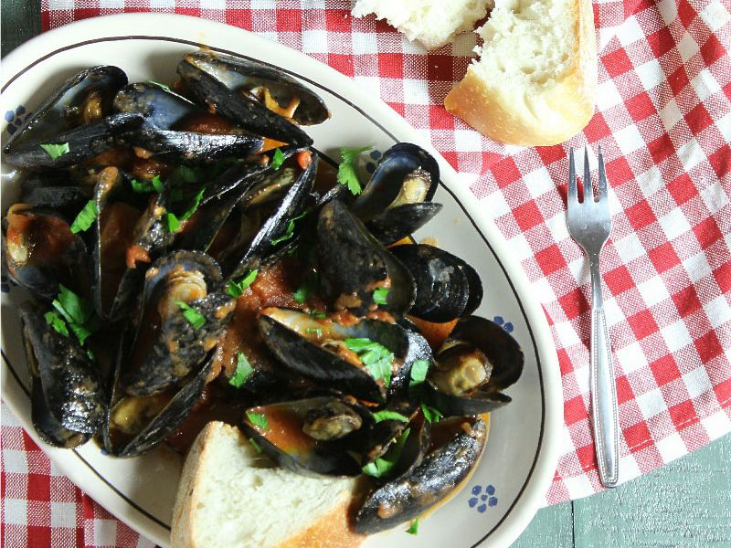 Mussels in Red Sauce