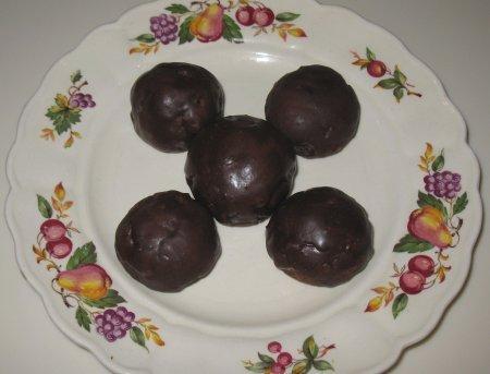Amelia's Chocolate Toto