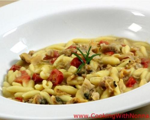 Cavatelli with Cream of Beans and Clams