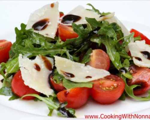 Arugula and Tomatoes Salad