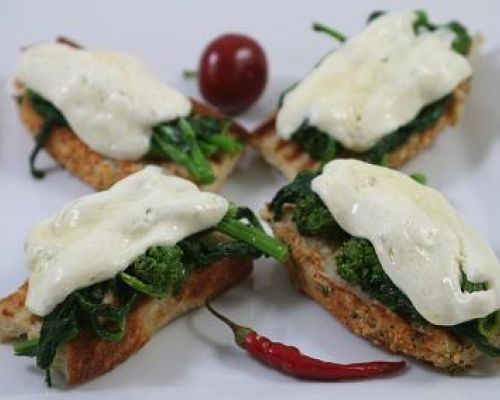 Bruschetta con Broccoli Rabe