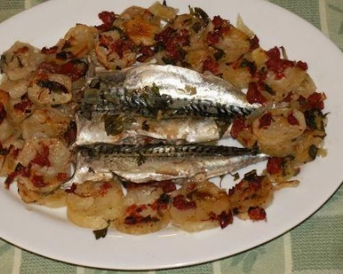 Sgombri con Patate al Forno - Baked Mackerels and Potatoes